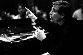 ZACHARIAS PLAYS CHOPIN'S SECOND PIANO CONCERTO